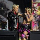 Miley Cyrus con Billy Idol en la Super Bowl 2021