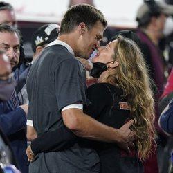 Tom Brady y Gisele Bündchen, muy cómplices en la Super Bowl 2021