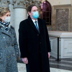 Delphine de Bélgica y James O'Hare en su primer acto con la Familia Real Belga