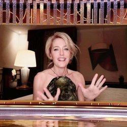 Gillian Anderson en los Globos de Oro 2021
