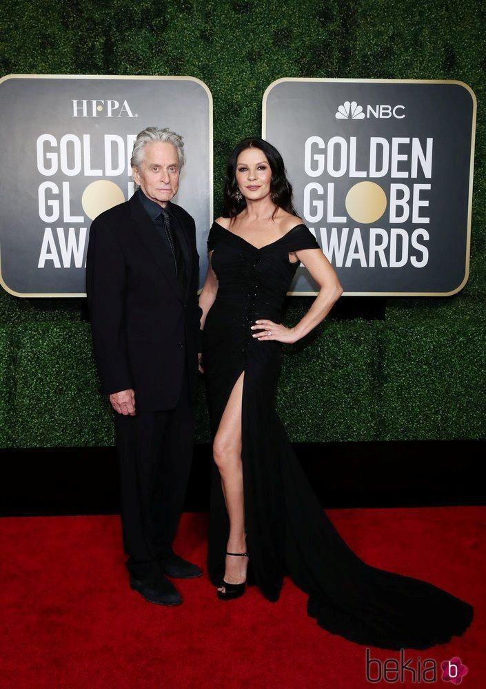 Michael Douglas y Catherine Zeta-Jones en la alfombra roja de los Globos de Oro 2021