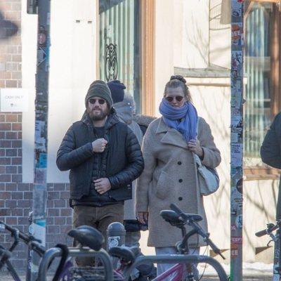 Alex Pettyfer y Toni Garrn en Berlín