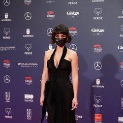 Megan Montaner en la alfombra roja de los Premios Feroz 2021