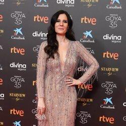 Diana Navarro en la alfombra roja de los Goya 2021