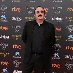 Carlos Areces en la alfombra roja de los Goya 2021