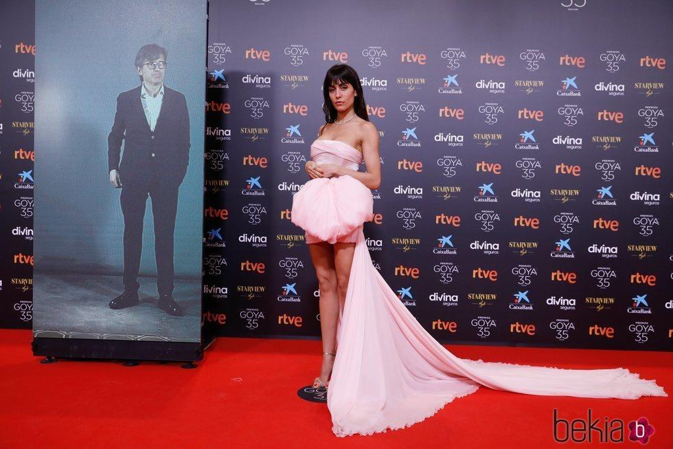 Hiba Abouk en la alfombra roja de los Goya 2021