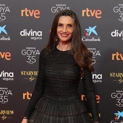 Ángela Molina en la alfombra roja de los Goya 2021