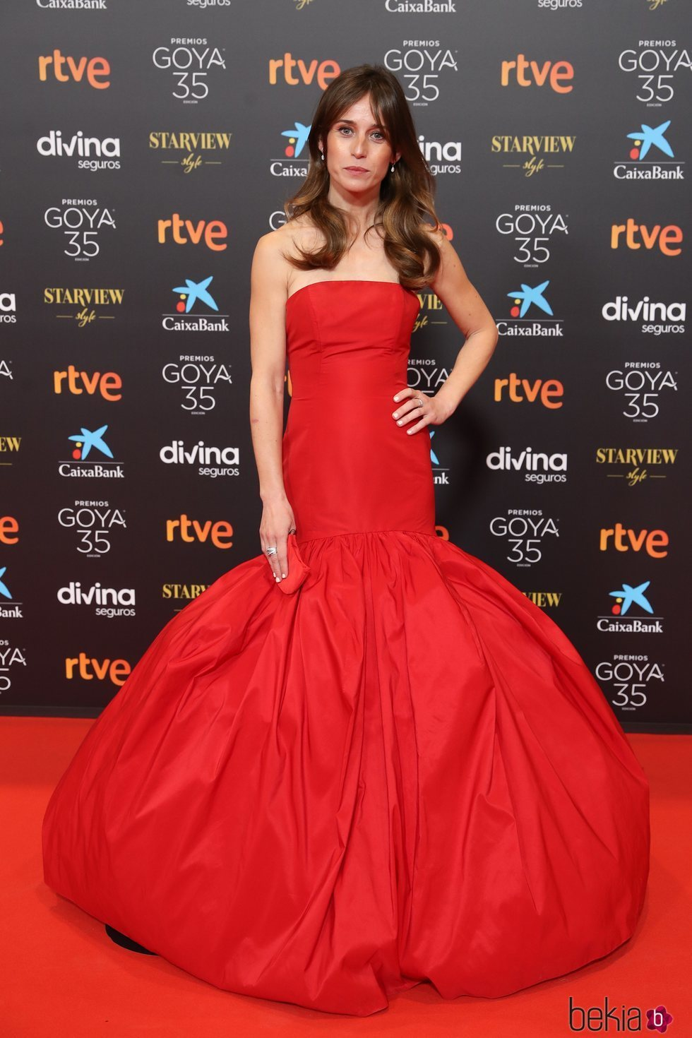 Marta Etura en la alfombra roja de los Goya 2021