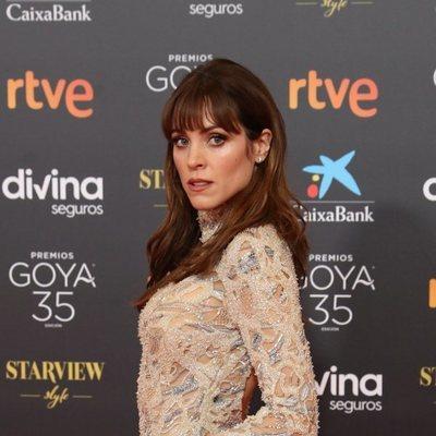 Maggie Civantos en la alfombra roja de los Goya 2021