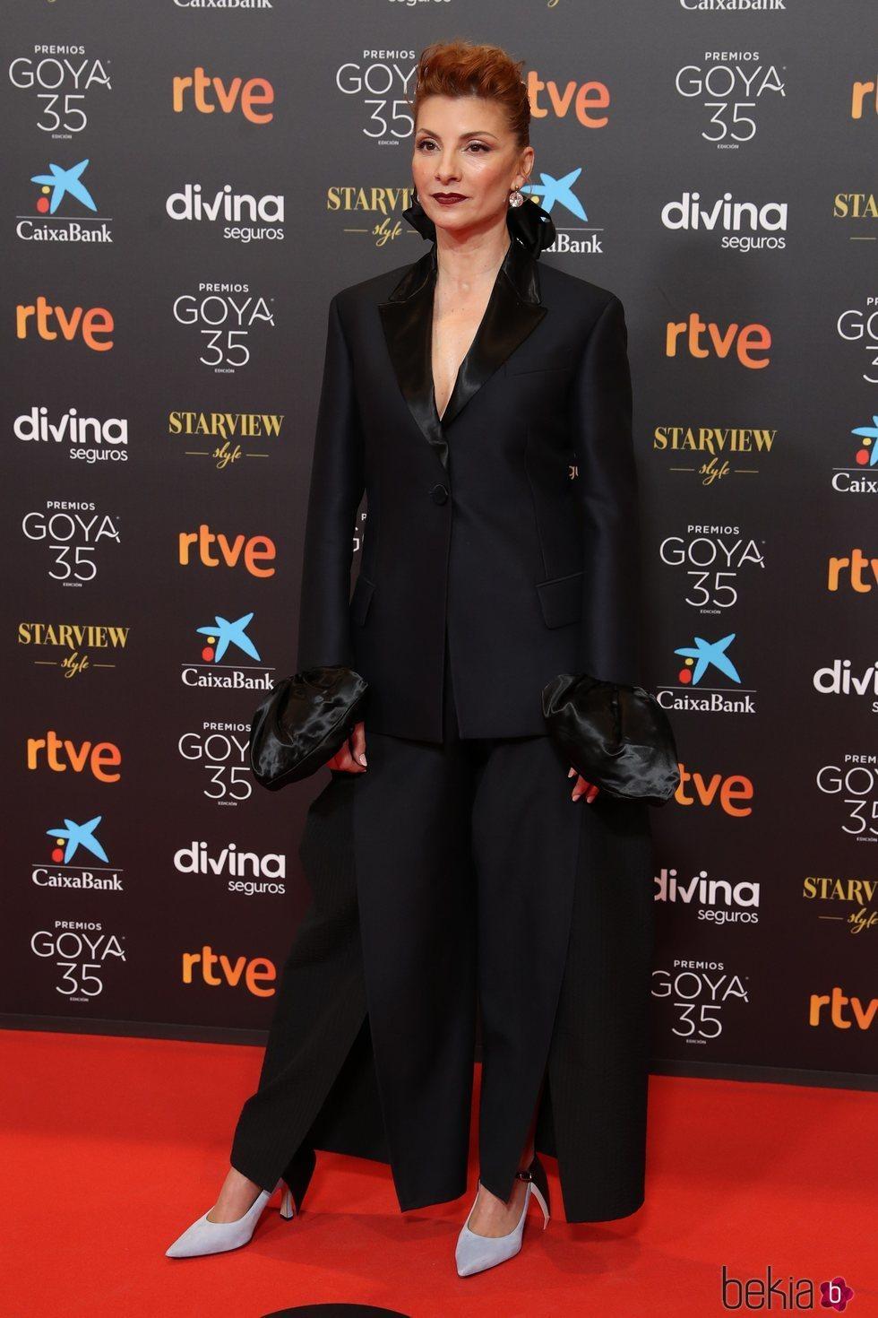 Najwa Nimri en la alfombra roja de los Goya 2021