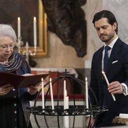 Cristina de Suecia y Carlos Felipe de Suecia en el homenaje de la Familia Real Sueca a las víctimas de la pandemia