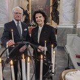 Carlos Gustavo y Silvia de Suecia en el homenaje de la Familia Real Sueca a las víctimas de la pandemia