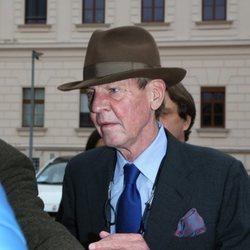 Ernesto de Hannover a la salida de su juicio en Austria