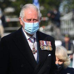 El Príncipe Carlos en la celebración del bicentenario de la Independencia de Grecia