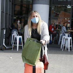 Rocío Flores a su llegada a Madrid desde Málaga