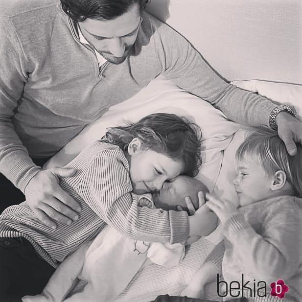 Primera imagen de Carlos Felipe de Suecia con sus tres hijos, Alejandro, Gabriel y Julian de Suecia