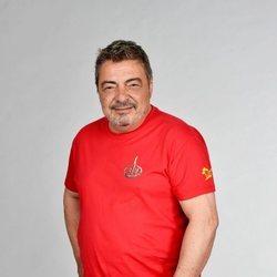 Antonio Canales posando en la foto oficial de 'Supervivientes 2021'