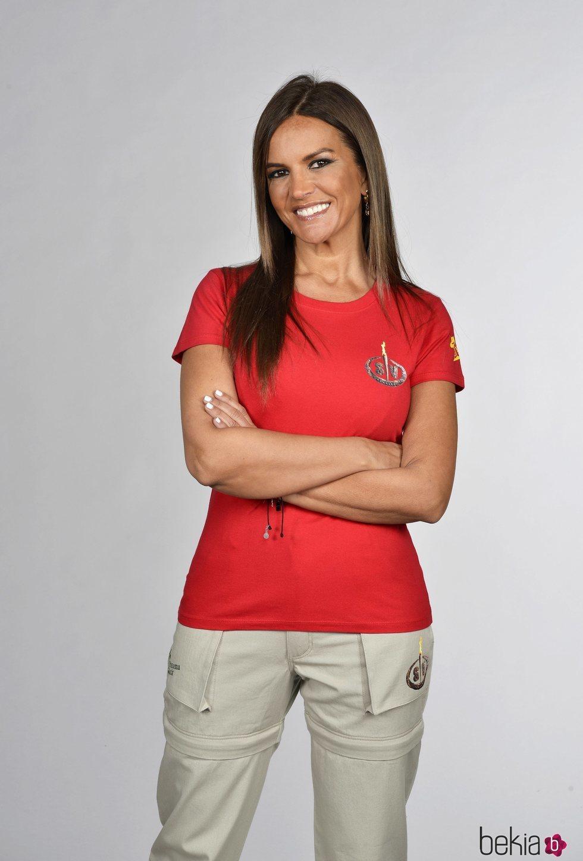 Marta López posando en la foto oficial de 'Supervivientes 2021'