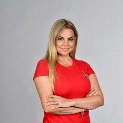 Sylvia Pantoja posando en la foto oficial de 'Supervivientes 2021'