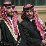 Hamzah de Jordania con su hermano Hashim de Jordania