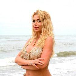 Valeria Marini en la playa de Honduras en 'Supervivientes 2021'