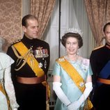 La Reina Isabel y el Duque de Edimburgo con Juan y Josefina Carlota de Luxemburgo en 1976