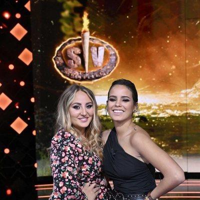 Rocío Flores y Gloria Camila posan juntas en el debate de 'Supervivientes 2021: Conexión Honduras'