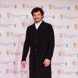Pedro Pascal en los BAFTA 2021