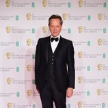 Richard E. Grant en los BAFTA 2021