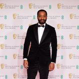 Chiwetel Ejiofor en los BAFTA 2021