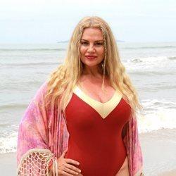 Sylvia Pantoja posa en la playa en 'Supervivientes 2021'