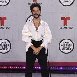 Camilo en la alfombra roja de los Latin American Music Awards 2021