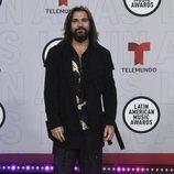 Juanes en la alfombra roja de los Latin American Music Awards 2021