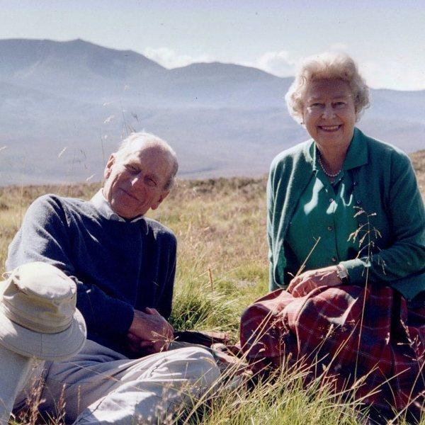 El Duque de Edimburgo, una larga vida en imágenes