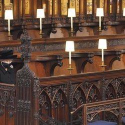 La Reina Isabel en solitario en el funeral del Duque de Edimburgo