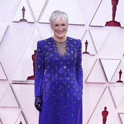 Glenn Close en la alfombra roja de los Premios Oscar 2021