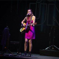 Conchita en el concierto Únicas de Cadena Dial