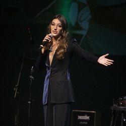 Ana Guerra en el concierto Únicas de Cadena Dial