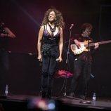 Rosario Flores en el concierto Únicas de Cadena Dial