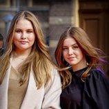 Amalia de Holanda y Alexia de Holanda en el concierto del Día del Rey 2021