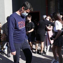 María José Campanario se despide del novio de su hija a las puertas del estudio de 'El desafío'