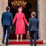 Margarita de Dinamarca recibe a Nicolás y Félix de Dinamarca en la Confirmación de Christian de Dinamarca