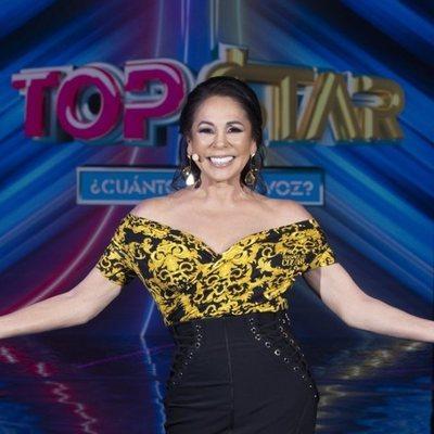 Isabel Pantoja, muy sonriente en el segundo programa de 'Top Star'