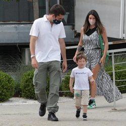 Benji Aparicio, Laura Matamoros y su hijo Matías juntos por Madrid