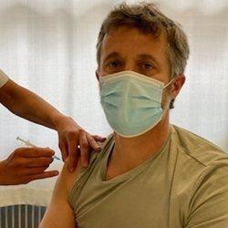Federico de Dinamarca recibe la vacuna contra el coronavirus