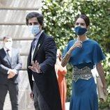 Fernando Fitz-James Stuart y Sofia Palazuelo llegando a la boda de Carlos Fitz-James Stuart y Belén Corsini