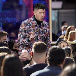 Nick Jonas ejerciendo de presentador en los Billboard Music Awards 2021