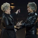 Pink y Jon Bon Jovi en los Billboard Music Awards 2021