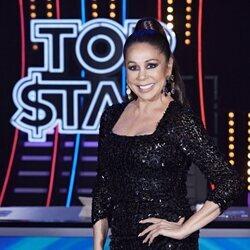 Isabel Pantoja, muy sonriente en el tercer programa de 'Top Star'