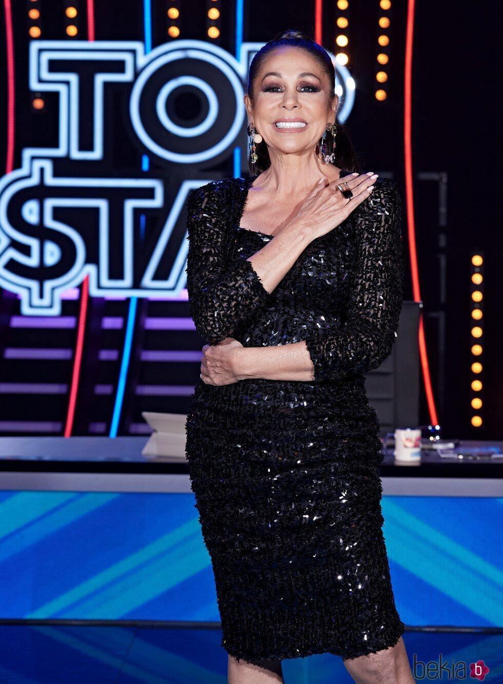 Isabel Pantoja posando durante el tercer programa de 'Top Star'